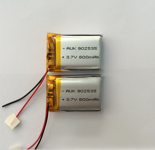 2016 wholesale china AUK supply 902535 3.7v 800mah lipo battery